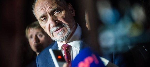 """Antoni Macierewicz ma na swoim koncie już kilka """"wpadek"""" i kontrowersyjnych decyzji"""
