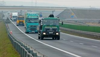 """Kolejny termin w przetargu na budowę drogi ekspresowej S19. GDDKiA chce ustalić """"wzorcową umowę"""""""