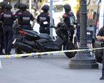 Zamach w Barcelonie uderzył w giełdy. Akcje linii lotniczych mocno w dół